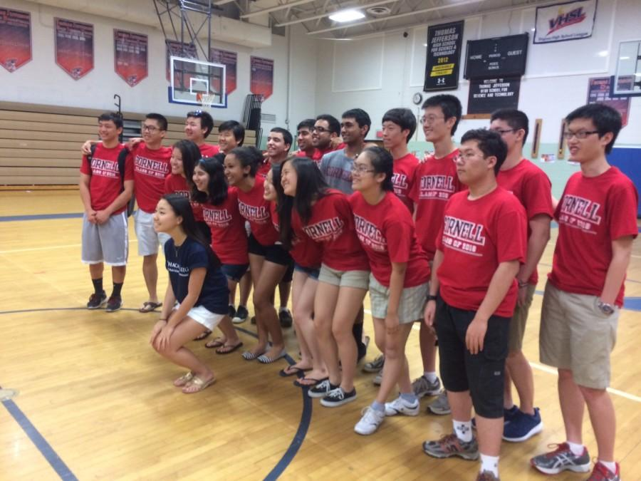 Tjtoday seniors show college spirit on college t shirt day for Ithaca t shirt printing