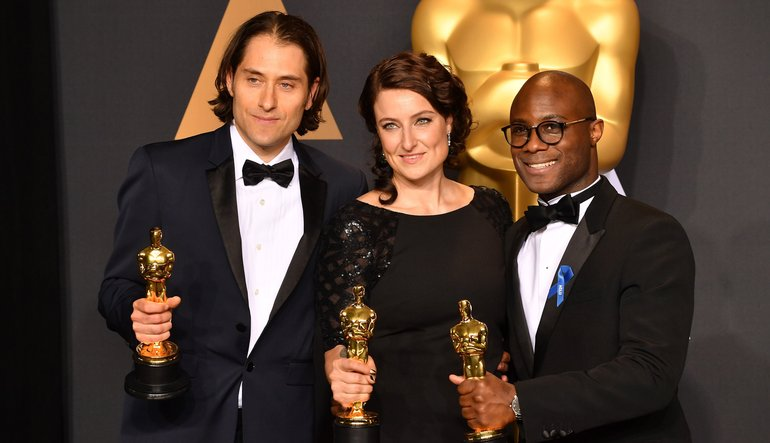 Producers+Jeremy+Kleiner%2C+Adele+Romanski%2C+and+director+Barry+Jenkins+winners+for+Best+Picture+for+Moonlight%0A