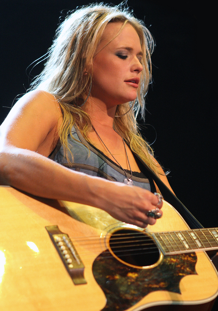 Miranda Lambert won her eighth straight Best Female Vocalist Award, as well as winning the award for the Best Album.