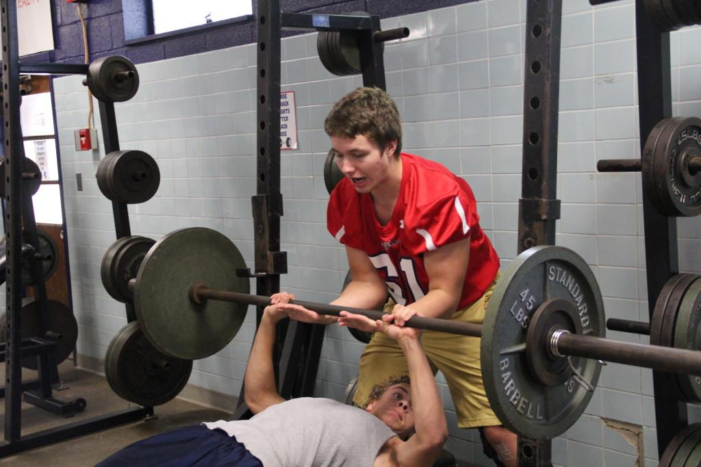 Students+conclude+day+with+weight+lifting