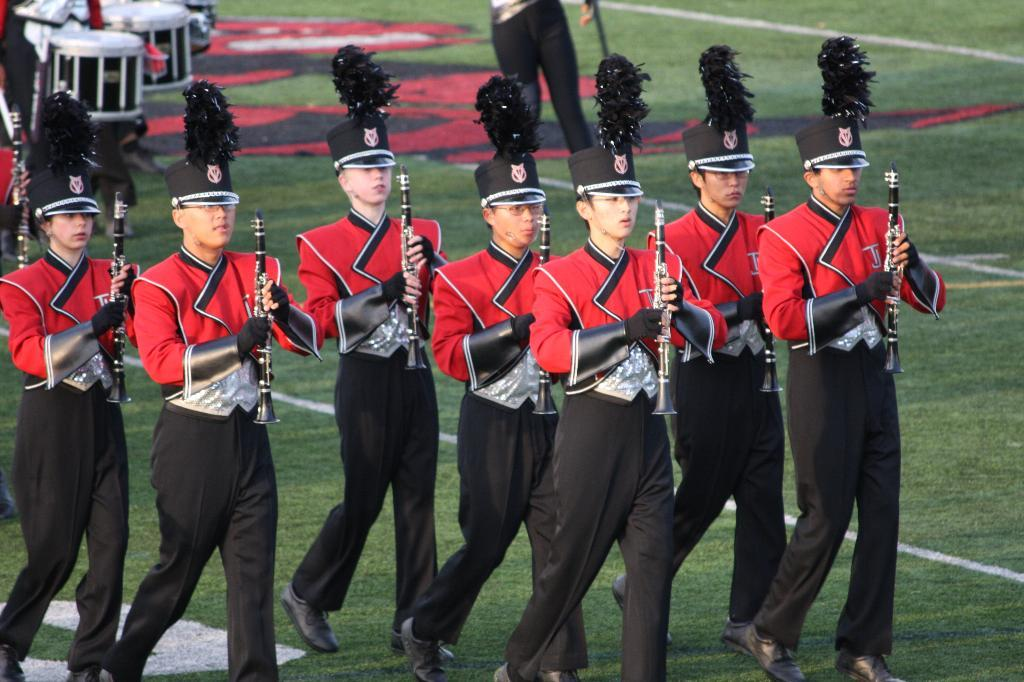 Marching+Colonials+score+high+in+recent+competition