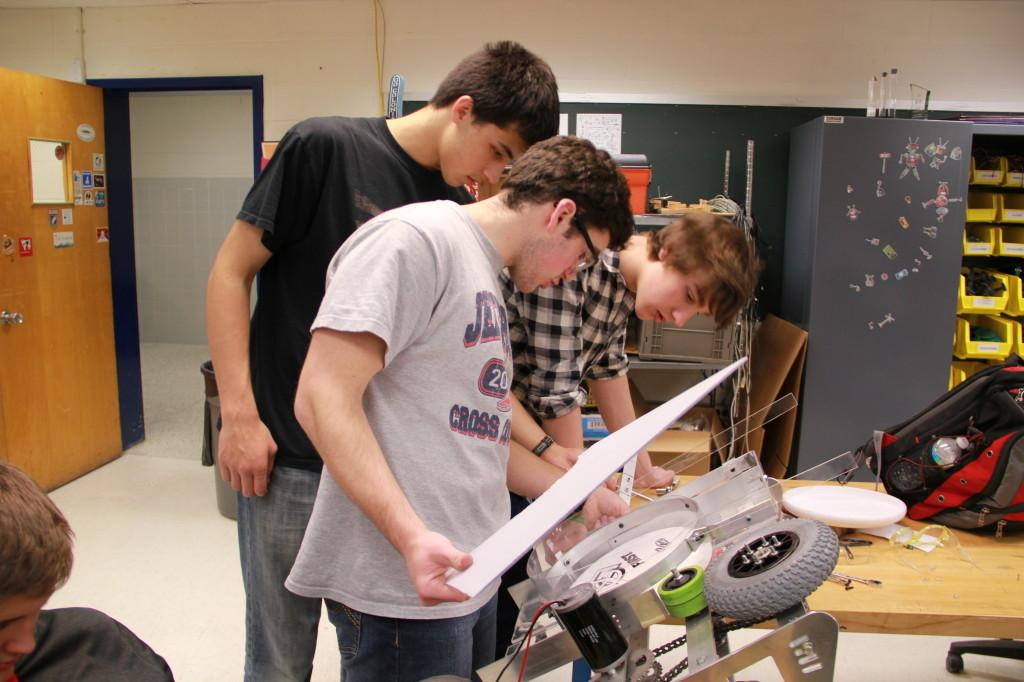 Seniors work across tech labs for research projects