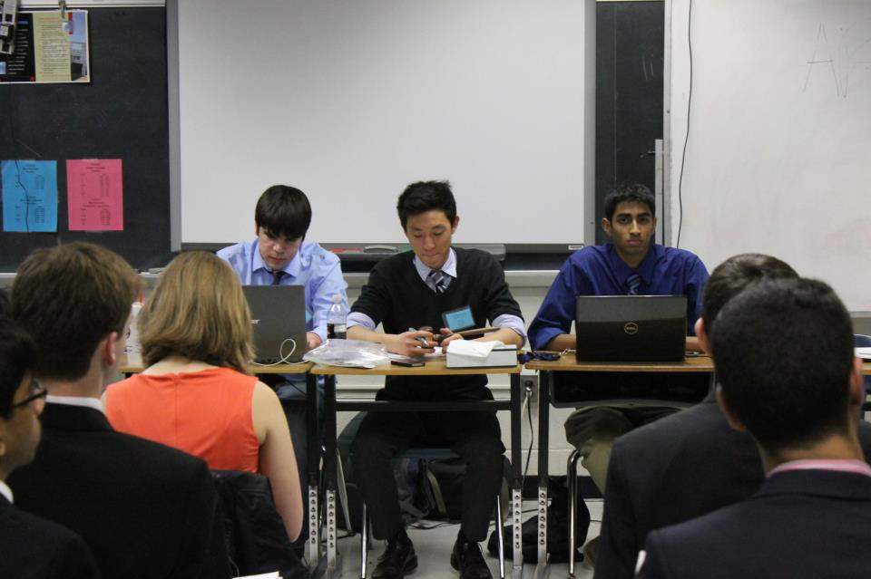 Seniors+Zach+Moser%2C+Andy+Kim+and+Sarthak+Sahu+chair+the+Arab+League+committee+at+TechMUN.