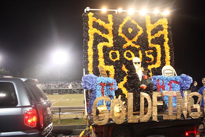 Juniors+win+homecoming+float+competition