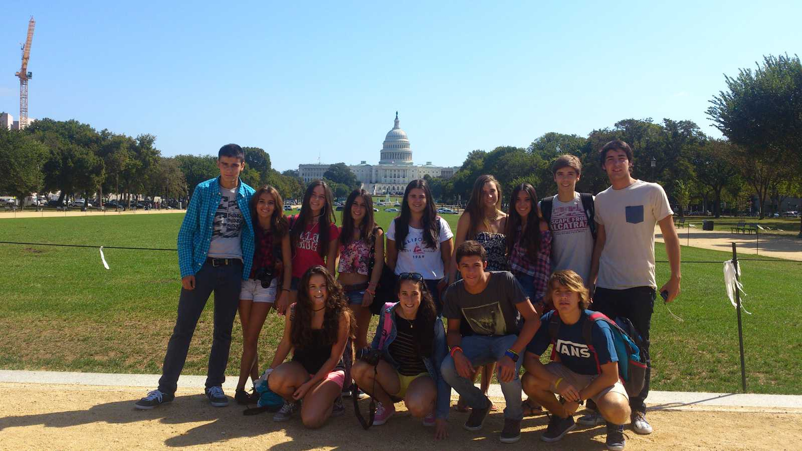 Photo courtesy of Nagore Portillo. The visiting students from Bilbao toured the monuments in Washington, D.C.