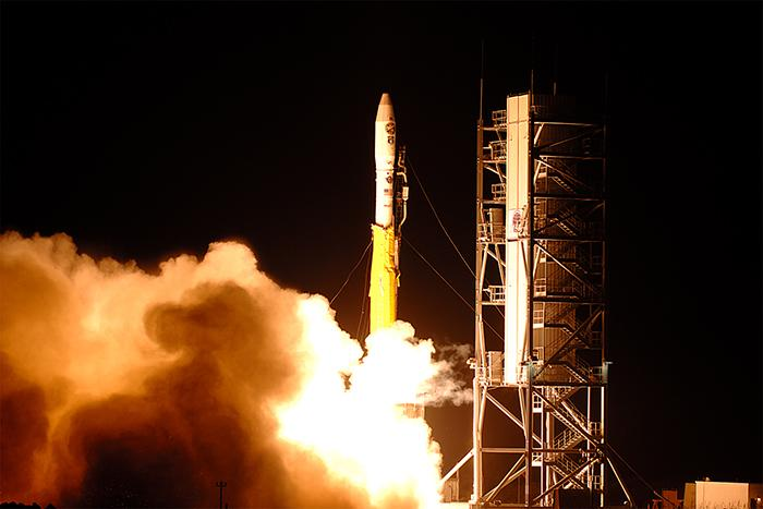 photo courtesy of www.nasa.gov. (http://www.nasa.gov/content/air-force-minotaur-rocket-launching-from-virginia-november-19/#.UovurKWLhG5)