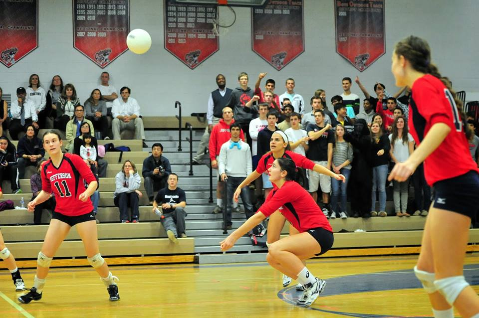 Jefferson's volleyball team plays hard at their Regionals semifinal match.