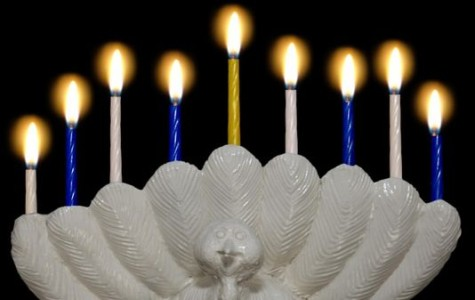 Students celebrate Thanksgivukkah