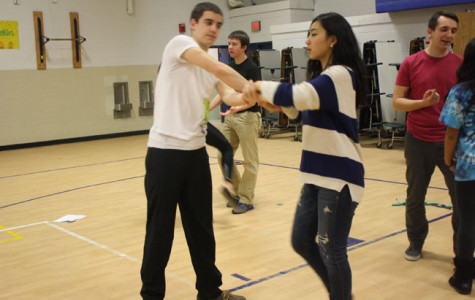 Seniors Anna Seo and Brad Rosenblum practice for Swing Dance's I-Nite performance.