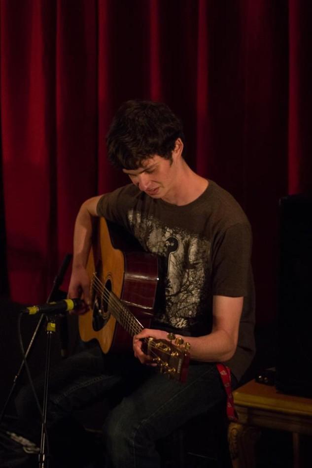 senior+Jeff+Horowitz+plays+guitar.+photo+courtesy+of+senior+Will+Ashe.