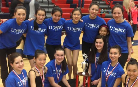 Dance team triumphs at final competition