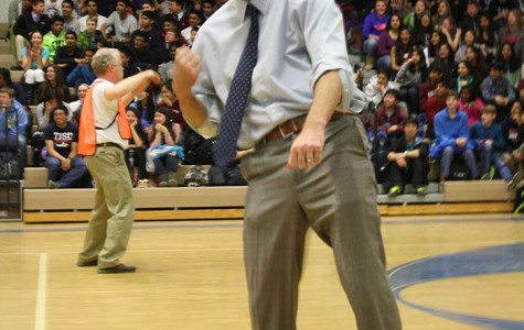 """Dancing with the Faculty"" attracts crowd during eighth period"