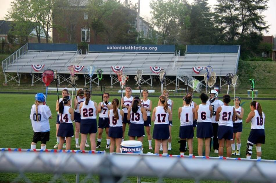 Last+year%27s+girls%27+varsity+lacrosse+team+at+their+final+match.
