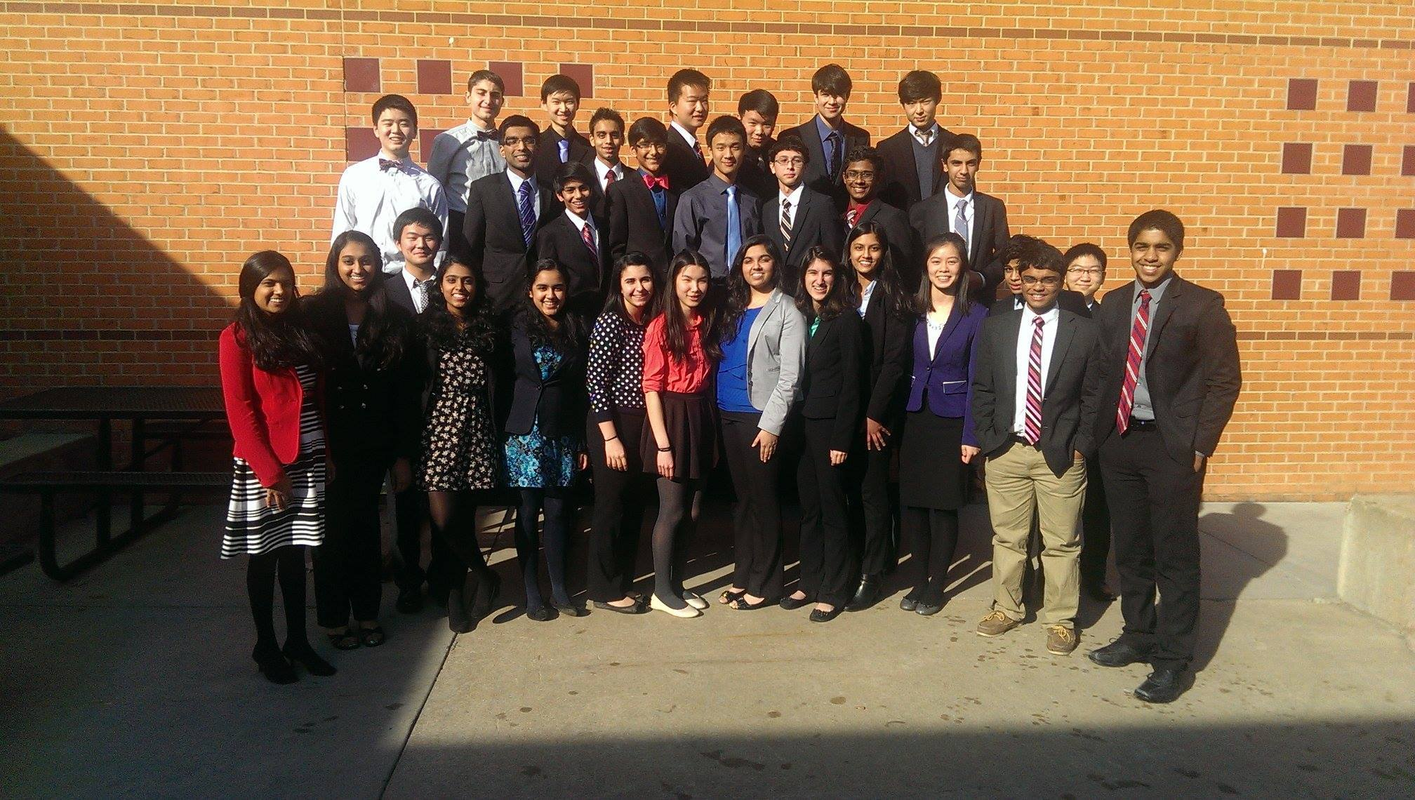 Jefferson's Public Forum Debate team won the team sweepstakes at WACFL Metro Finals, and two varsity teams qualified for Nationals.