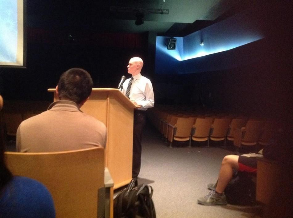 McElveen presents his experience as a social media star at Jefferson's
