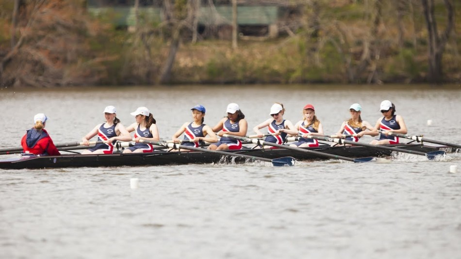 The+women%27s+freshman+eight+raced+in+the+Al+Urquia+Regatta+at+Sandy+Run+Regional+Park+on+April+26%2C+placing+second.