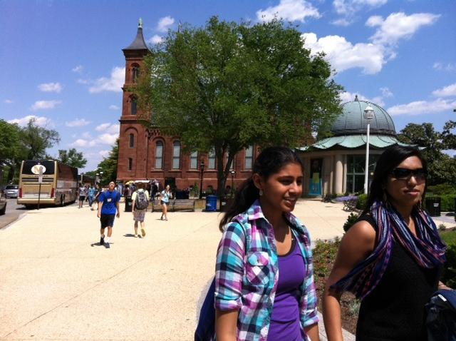 Sophomores and juniors were free to roam around the Smithsonian castle and National Mall area in Washington, D.C. on May 19.