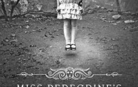 "Stav's Summer Book Blog: ""Miss Peregrine's Home for Peculiar Children"" captures readers right away"