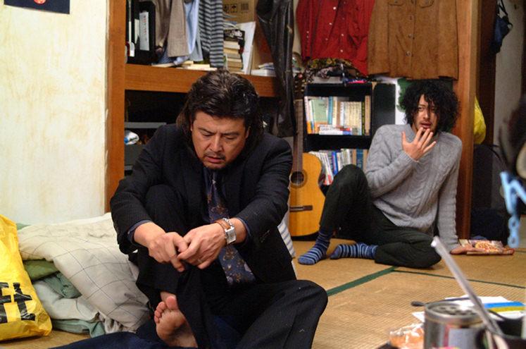 Tomokazu+Miura+and+Joe+Odagiri+star+as+Aiichiro+Fukuhara+and+Fumiya+Takemura%2C+respectively%2C+in+the+2007+Japanese+film%2C+%22Adrift+in+Tokyo.%22