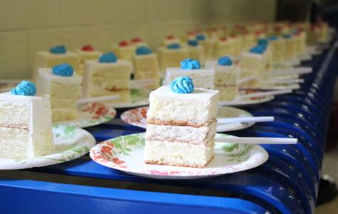 Jefferson community celebrates number one ranking with cake