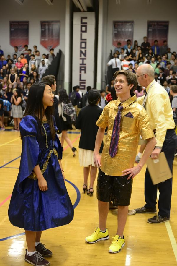 Seniors+Seanna+Nam+and+Ryan+Jakiel+represent+the+Class+of+2015+for+the+Best+Dressed+competition.