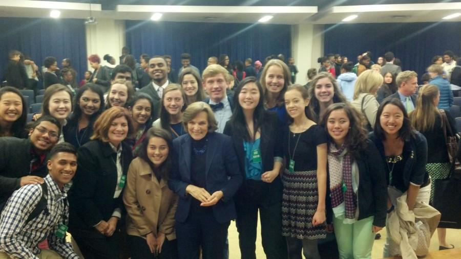 Lab director Lisa Wu and a group of Jefferson students meet renowned oceanographer Sylvia Earle