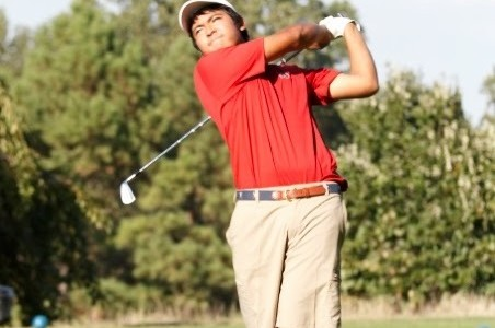 Golf team earns excellent rankings in post-season competitions