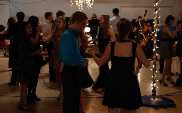 Students+enjoy+the+music+and+decorations+at+the+Viennese+Ball.