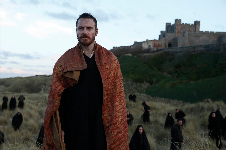 Macbeth+%28Michael+Fassbender%29+pauses+before+killing+Macduff%E2%80%99s+family+in+attempt+to+control+his+fate.+%E2%80%9CMacbeth%E2%80%9D%2C+directed+by+Justin+Kurzel%2C+was+released+on+Dec.+4+by+the+Weinstein+Company.+