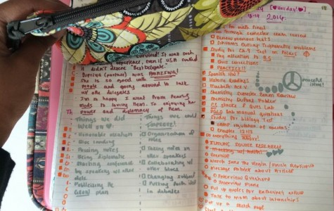 Bullet journals have a variety of applications, including making checklists, organizing work schedules and jotting down thoughts during the day.  They are incredibly useful for staying on track during long breaks.