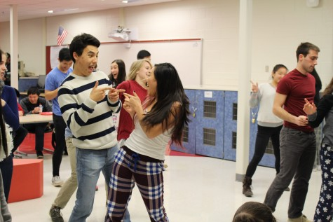 Seniors Vivian Fang and Nick Yoon put on a show during a Ballroom Dance iNite practice.