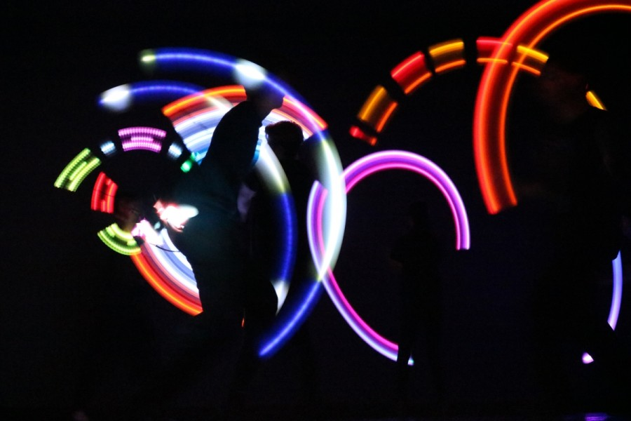 POI performers moved around the stage to create the bright lights and amazing designs seen above.