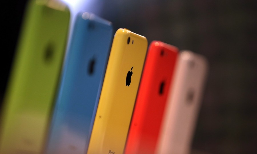 Rumors on how the FBI was able to unlock San Bernadino gunman Syed Farook's iPhone 5c began to circulate late March, and disputes over whether the FBI should inform Apple on how the phone's data was accessed rose.