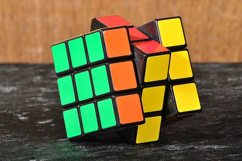 The+type+of+three+by+three+Rubik%E2%80%99s+Cubes+that+the+team+solved+twenty+five+of+in+a+little+over+a+minute.%0A%0APhoto+courtesy+of+Wikimedia+commons.%0A
