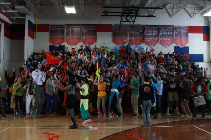 Class of 2018 shows their class spirit dressed according to their class theme, Land and Sea.