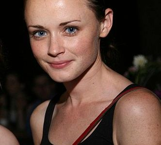 Rory (Alexis Bledel) back in 2008, a year after the conclusion of the original Gilmore Girls series.