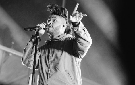 The Weeknd's look in 2015, drastically different from his recent style.