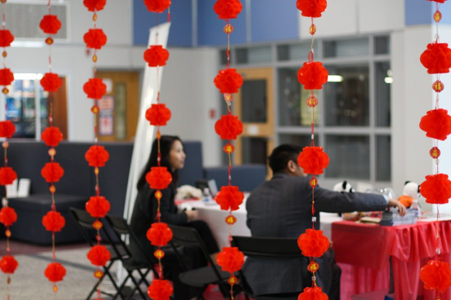 Volunteers greet visitors.