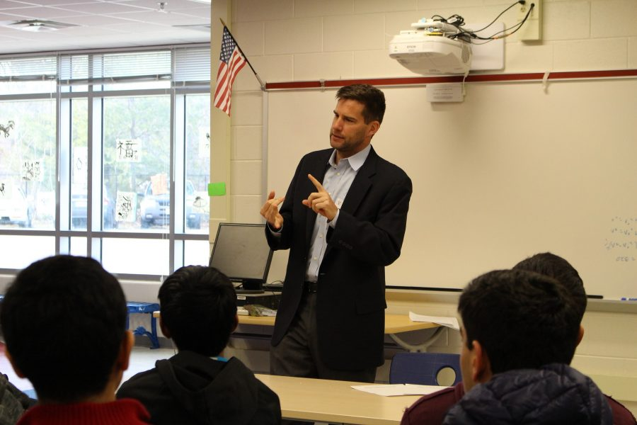 Cameron Hamilton speaks to Investment Club members on Friday, March 3rd.