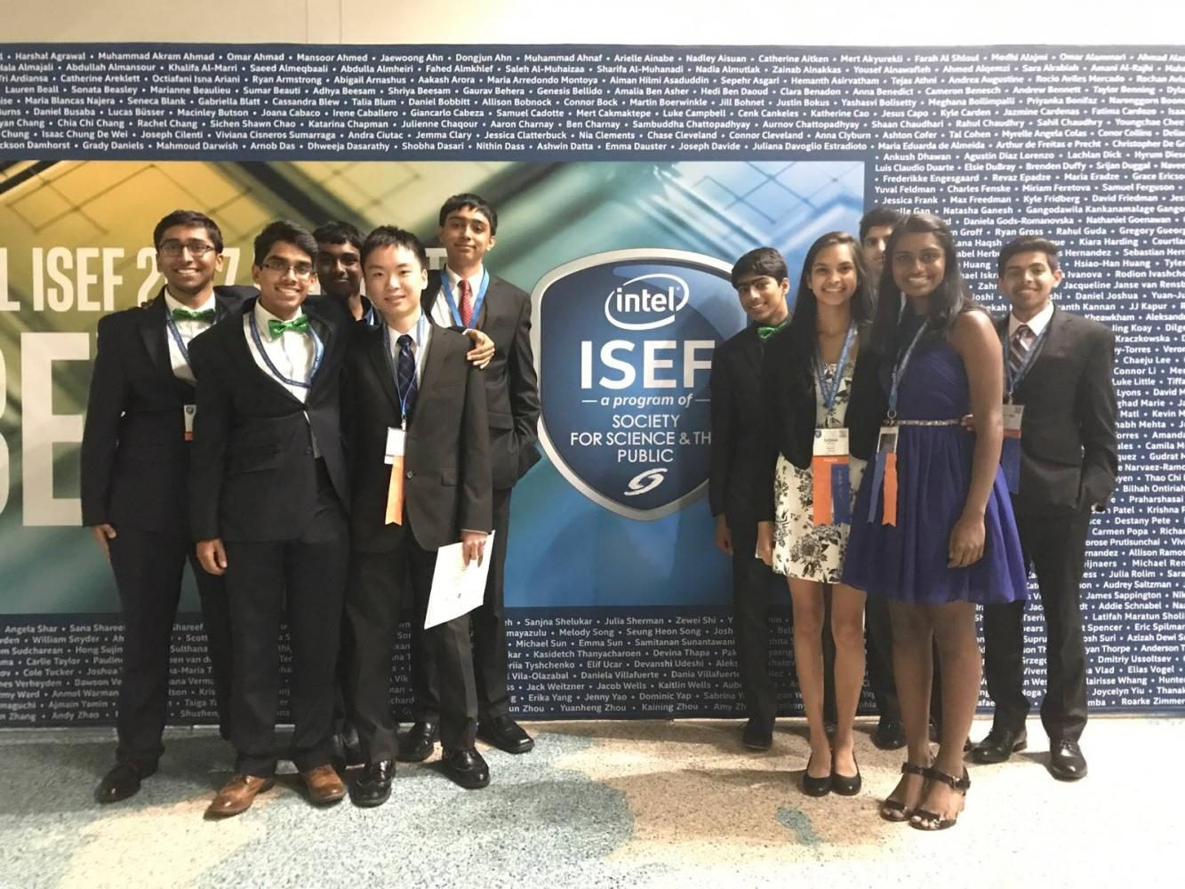 Jefferson+students+pose+before+presenting+their+projects+at+ISEF.