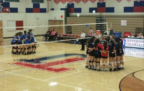 Varsity volleyball defeats Lee Lancers during senior night