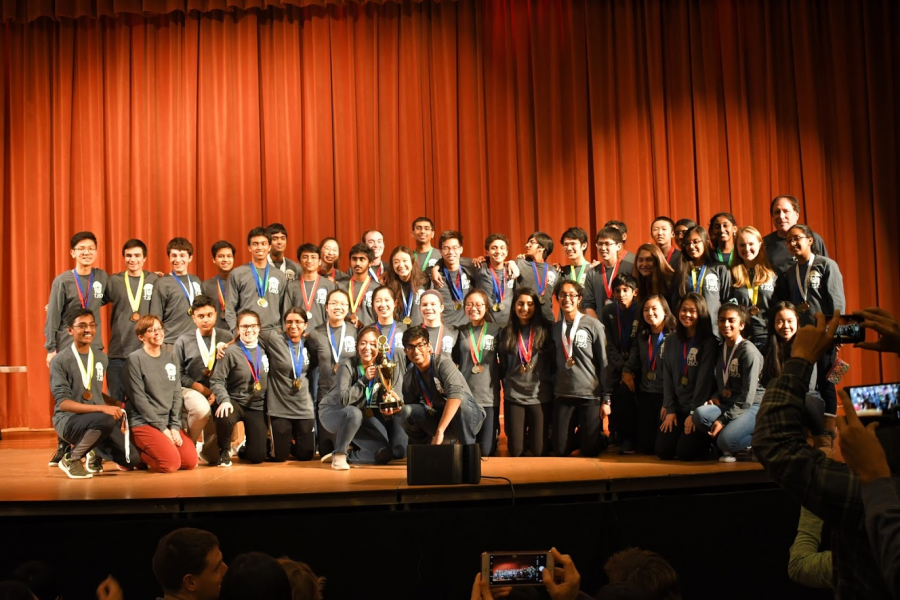 Jefferson+students+in+Charlottesville+competed+for+Science+Olympiad+and+are+seen+here+at+the+awards+ceremony.