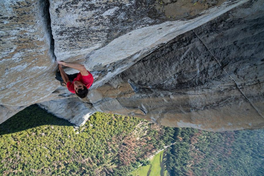 Ascending+up+El+Capitan%2C+Alex+Honnold+uses+no+ropes+for+support.+Free+Solo+captures+his+preparation+for+this+climb+as+well+as+the+climb+itself.