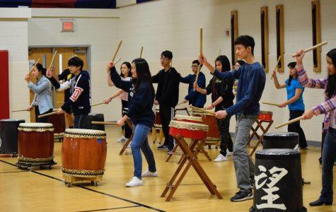 Japanese Drum Artist Holds Workshop at Jefferson
