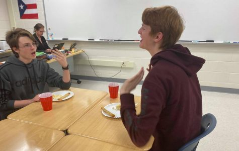 Spanish Culture Club hosts Thanksgiving feast