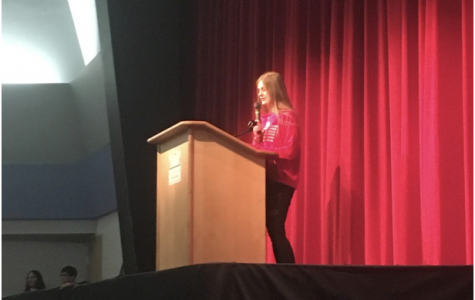 Freshmen give speeches for class council election