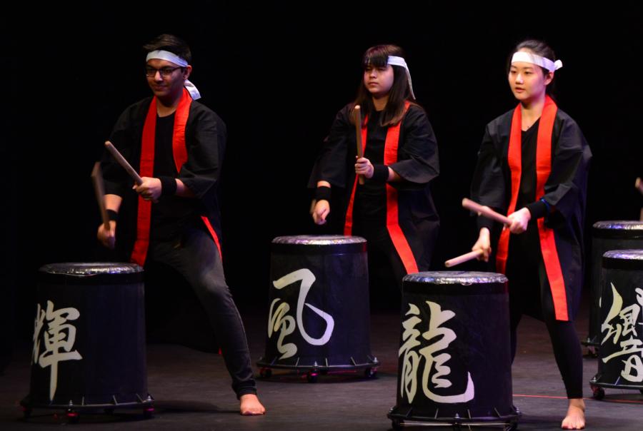Performing at 2019 iNite, sophomore Alana Ni does taiko, or Japanese drumming