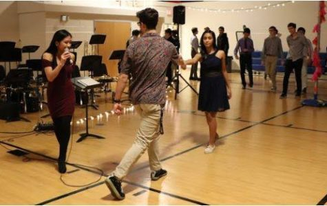 Jazz Band and Swing Dance Team host Valentine's dance