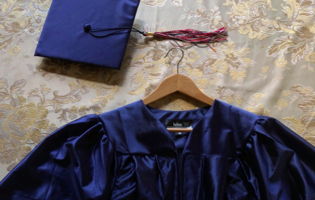 Many Jefferson seniors received another senior's cap and gown, causing confusion about how the situation should be dealt with.