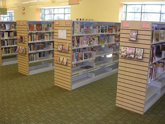 The Fairfax County library in Oakton, VA, is one of the many regional libraries Jefferson students utilize.